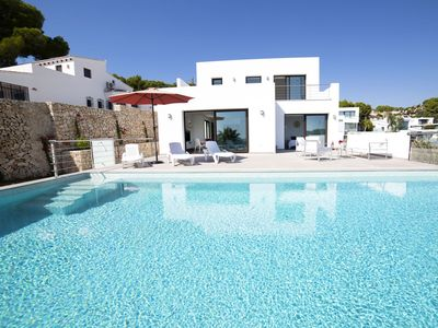 Photo for Stunning private villa for 6 guests with WIFI, private pool, A/C, TV and parking