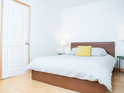 Photo for 1BR Apartment Vacation Rental in Montréal, QC