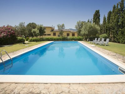 Photo for Villa San Pietro: Wonderful and elegant villa with swimming pool 2 km from Pula