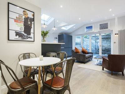 Photo for UP TO 20% OFF - A glamorous 2 bed home located in affluent Fulham (Veeve)