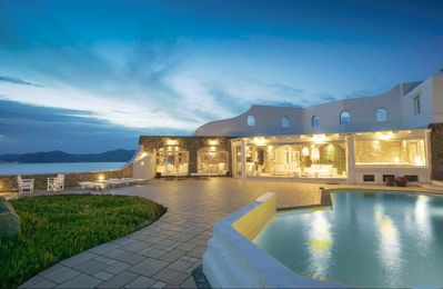 Photo for BlueVillas | Villa Sunset | Unwind privacy with private pool, bar & jacuzzi