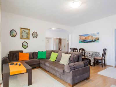 Photo for Giant 3 bedroom house in Bar