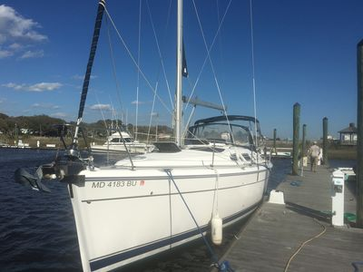 Photo for Stay  aboard a Beautiful Hunter 41 Sailboat