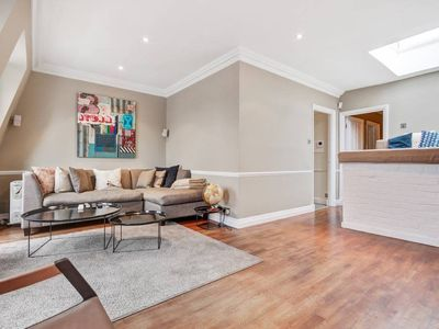 Photo for Cozy 3 bed/2 bath 2terraces & balcony in Bayswater