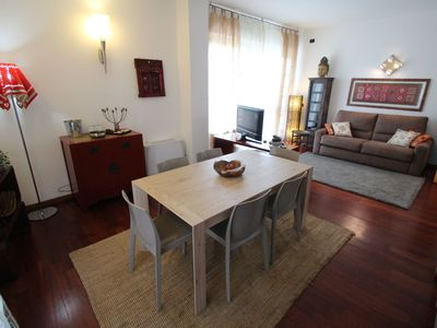 Photo for Lovely apartment for 4 people with WIFI, A/C, TV, balcony and parking