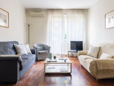 Photo for Susa - Reina 4 Trilo - Apartment for 4 people in Milano