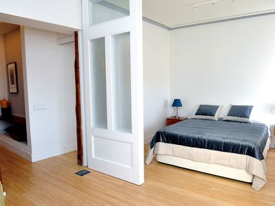 Photo for Near the main museums, air conditioning, wifi. Up to 6 people