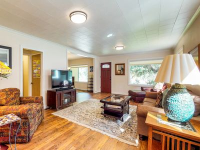 Photo for Cute dog-friendly home w/fenced side yard - walk to downtown
