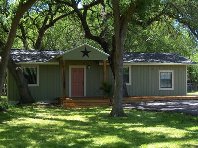 Comfortable, clean, newly remodeled house south of Austin.