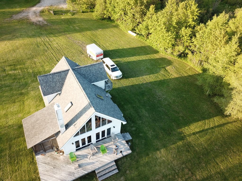 Beautiful Cottage On St Martins Bay Lake Huron HesselUpper