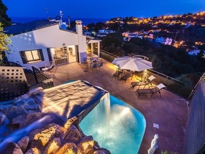 Photo for Club Villamar - Lovely villa with private pool and sea views, located close to the beach and Llor...