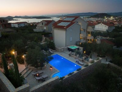 Photo for Beautiful home with swimming pool and jacuzzi . Sea view !