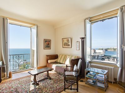 Photo for Very luxurious apartment 85 m² town center seafront. Classified 4 stars.