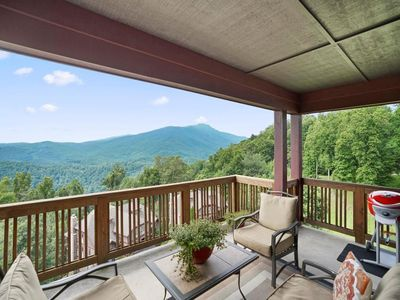 Grandfather Mountain View and Deck Furniture