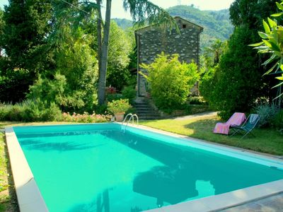 Photo for Lovely detached house with private swimming pool, near Lucca.