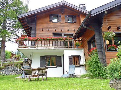 Photo for One bedroom Apartment, sleeps 2 in Ovronnaz with WiFi