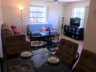 Photo for Walking distance to white sandy Fort Myers Beach, Restaurants & Shopping