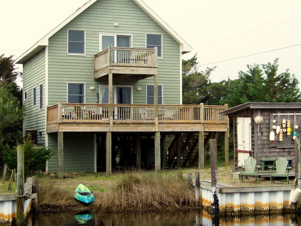 Beautiful canalfront cottage perfect for couples for Perfect cottage