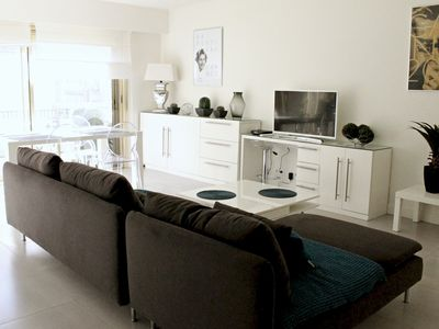 Photo for Viva Riviera Modern and Spacious 2 Bedrooms with balconies