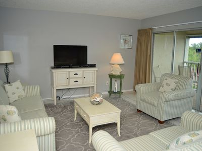 Photo for Sanibel Siesta on the Beach unit 112