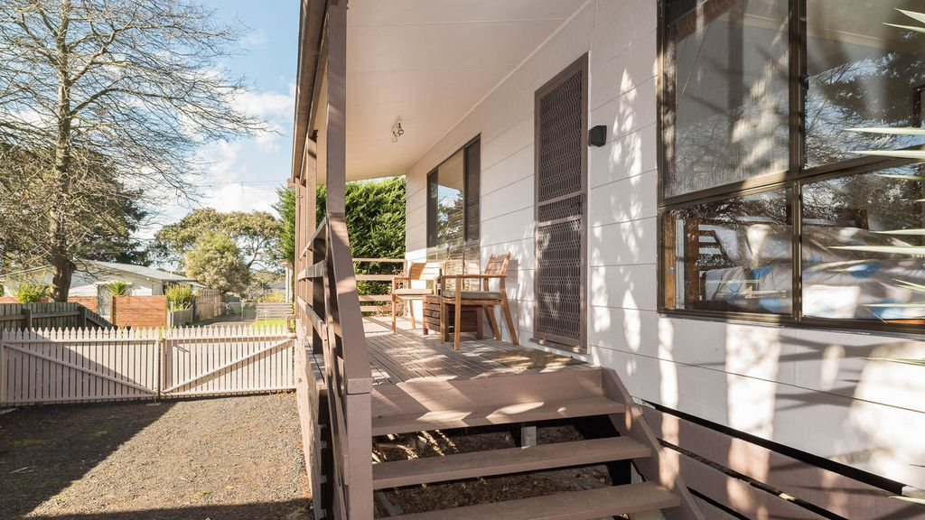Norwood - Gorgeous 3 bdrm cottage with FREE Wi-Fi