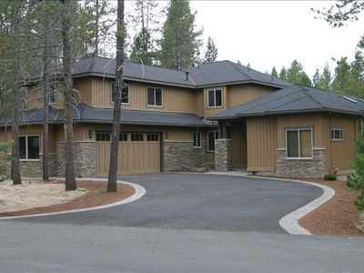 Photo for LUXURY 5BR 5BA, Hot Tub, Pool Table, Ping Pong, Darts, 10 bikes, huge kitchen!