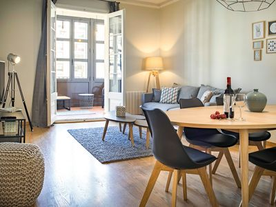 Photo for HABITAT APARTMENTS - Modern 3 Bedrooms Apartment in the City Center