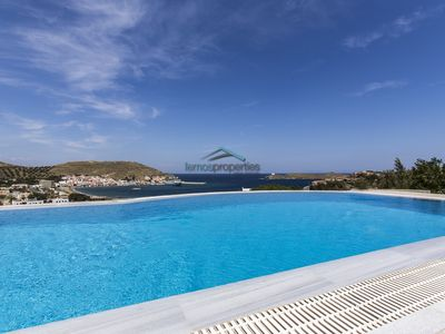 Photo for Traditional Villa with a swimming pool and a fantastic sea view.