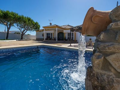 Photo for Villa with beautiful swimming pool with cascade and picnic