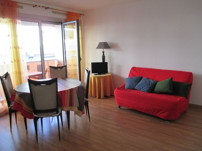 Photo for 1-room rental in a pleasant residence close to downtown et fine sand beaches