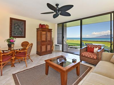 Photo for Walk RIGHT OUT to the Ocean~Watch Whales and Sea Turtles 1 Bedr/1 Ba, Sleeps 4