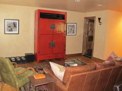 Photo for PERFECTLY LOCATED 2BR CONDO; 1 Block from the Gondola; NEWLY RENOVATED