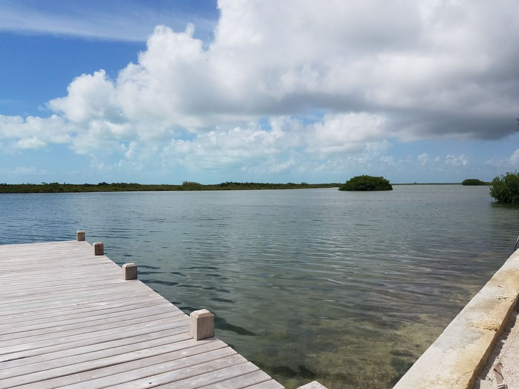 Sea esta at coco bay brand new north end waterfront for Waterfront retreat