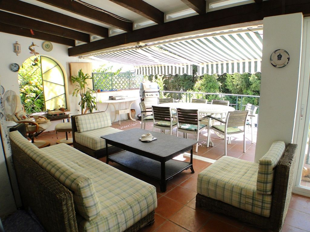 Family Villa With Private Pool Near Puerto Banus Marbella And Golf Courses