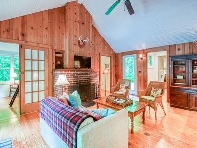 Photo for Cross Creek Pool House - Heated private pool & a private beach!