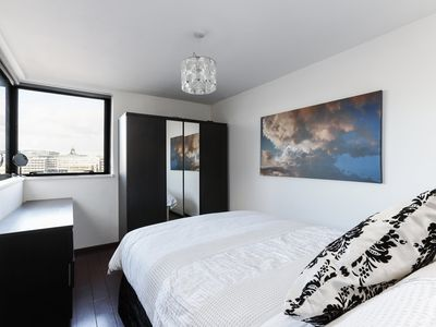 Photo for Fantastic flat with views over River Thames
