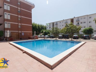 Photo for Nice 7 pax apartment with pool in Salou.