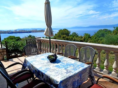 Photo for Holiday apartment with air conditioning and garden near the beach