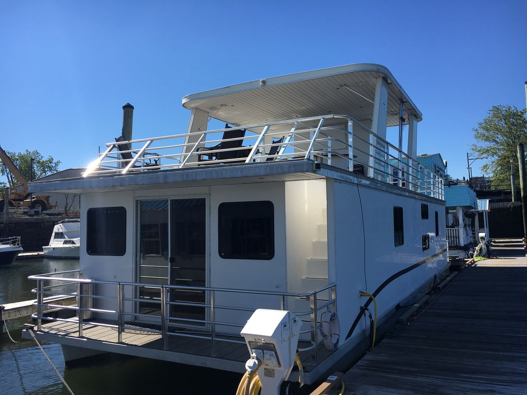 Totally Decked Out Brand New Houseboat in Boston Harbor. Bring the Whole Crew!