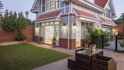 Photo for Gables on the Park - Grand Home Stay