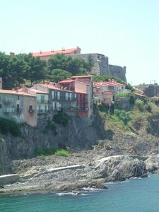 the houses rue Bellevue from the sea