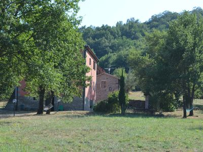 Photo for Panoramic farmhouse surrounded by the green of Tuscany_La Piazzetta_piano terra