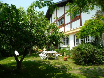 Photo for Friendly and bright house for a great vacation at 10 walking to the beach