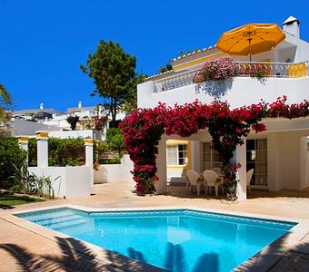 Photo for 3 bedroom Villa, sleeps 8 in Quinta do Lago with Pool, Air Con and WiFi