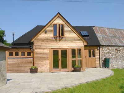 Photo for ABBEY CROSS BARN, pet friendly in Dunkeswell Abbey, Ref 976028