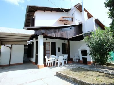 Photo for Pretty house with independent entrance and large garden with barbecue