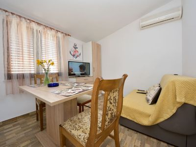 Photo for Apartment Mija in Vir - 3 persons, 1 bedrooms