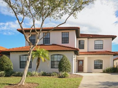Spacious and Beautiful, Pool and Spa, Wifi, Keyless Entry, 6 miles from Disney