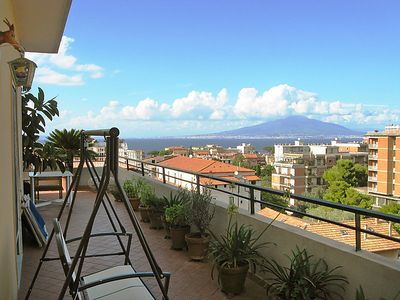 Photo for Apartment Top Floor in Sorrento - 4 persons, 2 bedrooms