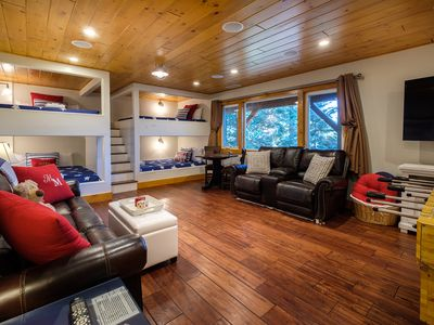 Photo for Muddy Moose Sleeps 16 Beach Passes April Specials